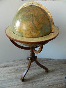 globe-de-parquet-vernis_atelier-restauration-papier