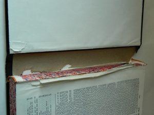 reliure-papier-lacunes-mors_atelier-restauration-papier