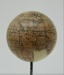 sphere-armillaire-globe-apres_atelier-restauration-papier